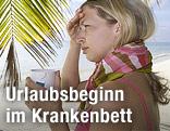 Frau mit Schal und Häferl unter Palmen