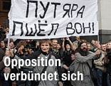 Opposition demonstriert