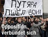 Opposition demonstriert