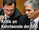 Verteidigungsminister Norbert Darabos (SPÖ) und Bundeskanzler Werner Faymann (SPÖ)