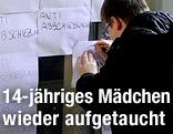 Protest gegen die geplante Abschiebung einer 14-jährigen Schülerin aus Armenien am BORG 3 in Wien