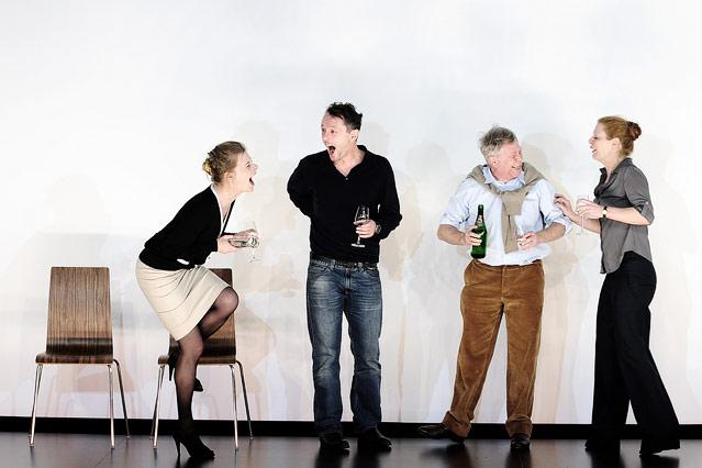 Caroline Peters (Karen), Peter Knaack (Martin), Tilo Nest (Frank), Christiane von Poelnitz (Liz)