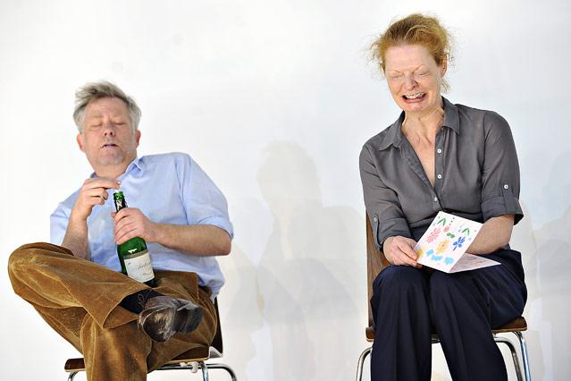 Tilo Nest (Frank) und Christine von Poelnitz (Liz)