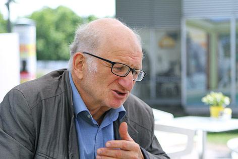 Peter Kreisky während eines Interviews