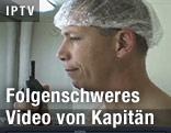 Videoszene mit U.S. Navy Captain Owen Honors