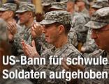 US-Soldaten applaudieren