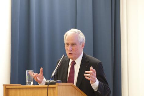 Robert Darnton bei seinem Vortrag an der Universität Wien am 13.01.2011
