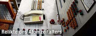 Kontrollpult im AKW Zwentendorf