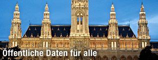 Wiener Rathaus in der Dämmerung