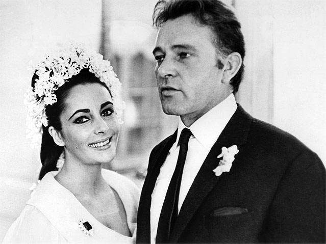 Elizabeth Taylor und Richard Burton bei ihrer Hochzeit, 1964