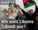 Ein Libyscher Demonstrant verbrennt ein Poster von Staatschefs Muammar al-Gaddafi