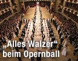 Einmarsch der Debütantinnen und Debütanten am Wiener Opernball