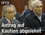 IWF-Chef Dominique Strauss-Kahn mit seinem Anwalt Benjamin Brafman
