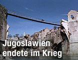 Die provisorische Brücke von Mostar im Jahr 1994