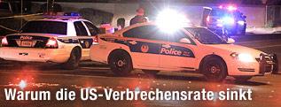 Polizeiautos mit Blaulicht