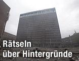 beschädigtes Regierungsgebäude