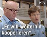 norwegische Polizeibeamte bei Pressekofnerenz
