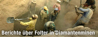 Arbeiter in einer Diamantenmine in Simbabwe
