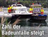 Drei Boote der Wasserrettung am Wörthersee