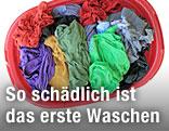 Gefüllter Wäschekorb