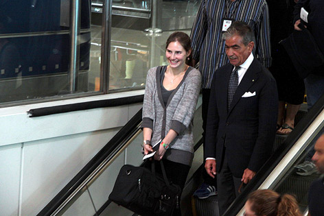Amanda Knox am Leonardo Da Vinci Flughafen in Rom
