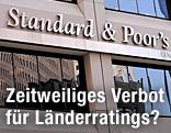 Hausfassade von Standard and  Poor's