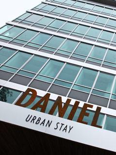 Eingang zum Hotel Daniel in Wien