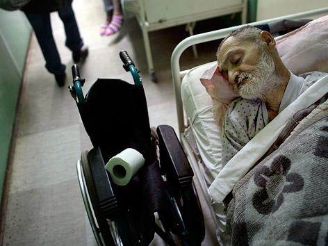 Obdachloser in Notschlafstelle in Belgrad