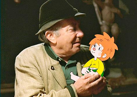 """Hans Clarin mit dem Kobold """"Pumuckl"""""""