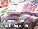Euroscheine in Bündeln