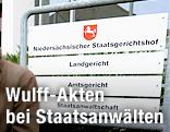 Schild vom Niedersächsischen Staatsgerichtshof