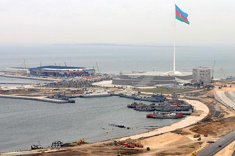 Baustelle in Baku, wo die Crystal Hall, die Veranstaltungshalle für den Song Contest 2012 errichtet wird