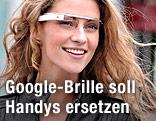 Frau mit Google-Brille