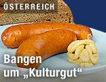 Käsekrainer mit Brot und Senf
