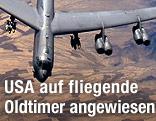 Boeing B-52 Stratofortress im Flug