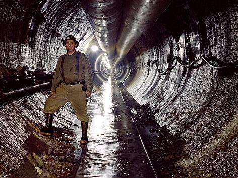 Arbeiter in einem New Yorker Wassertunnel
