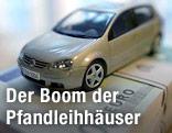 Auto und Euroscheine
