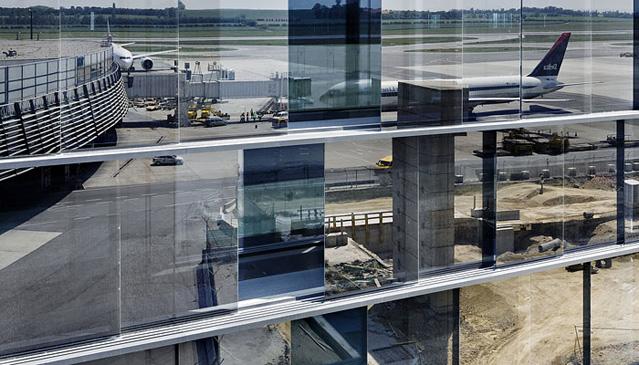 Skylink Baustelle, Flughafen Wien AG, Terminal Airside-Fassade, am 25.05.2007