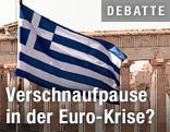 Griechische Flagge vor der Akropolis