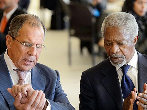 Russischer Außenminister Sergej Lawrow und Kofi Annan, Syrien-Vermittler von UNO und Arabischer Liga