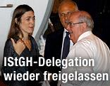 IStGH-Anwältin Melinda Taylor am Flughafen von Rom