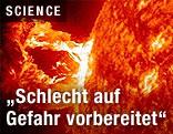 Nahaufnahme einer Explosion an der Oberfläche der Sonne