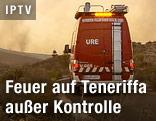 Feuerwehrauto auf Teneriffa im dichten Rauch