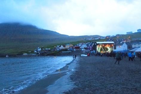 Bild der Bühne am Strand beim G Festival