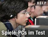 Männer vor Computern