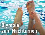Bein eines männlichen Synchronschwimmers