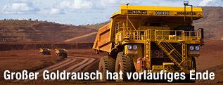 Truck transportiert Eisenerz