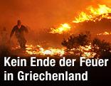 In Flammen stehender Wald auf der griechischen Insel Chios