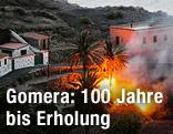 Feuer nahe Wohnhäusern auf der Insel La Gomera