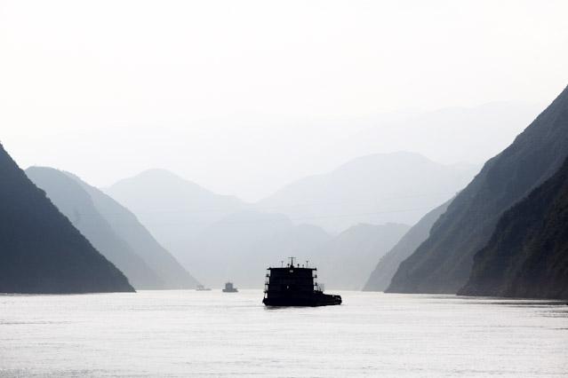 Boot am Dreischluchtendamm